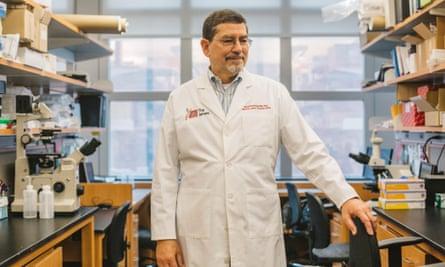 David Carbone in his lab