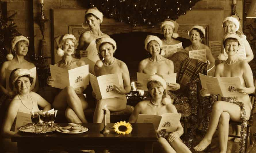 Imrie and the cast of the 2003 film Calendar Girls.