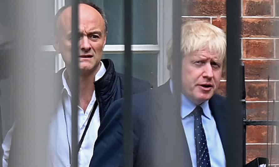 Boris Johnson (R) and Dominic Cummings in September 2019.