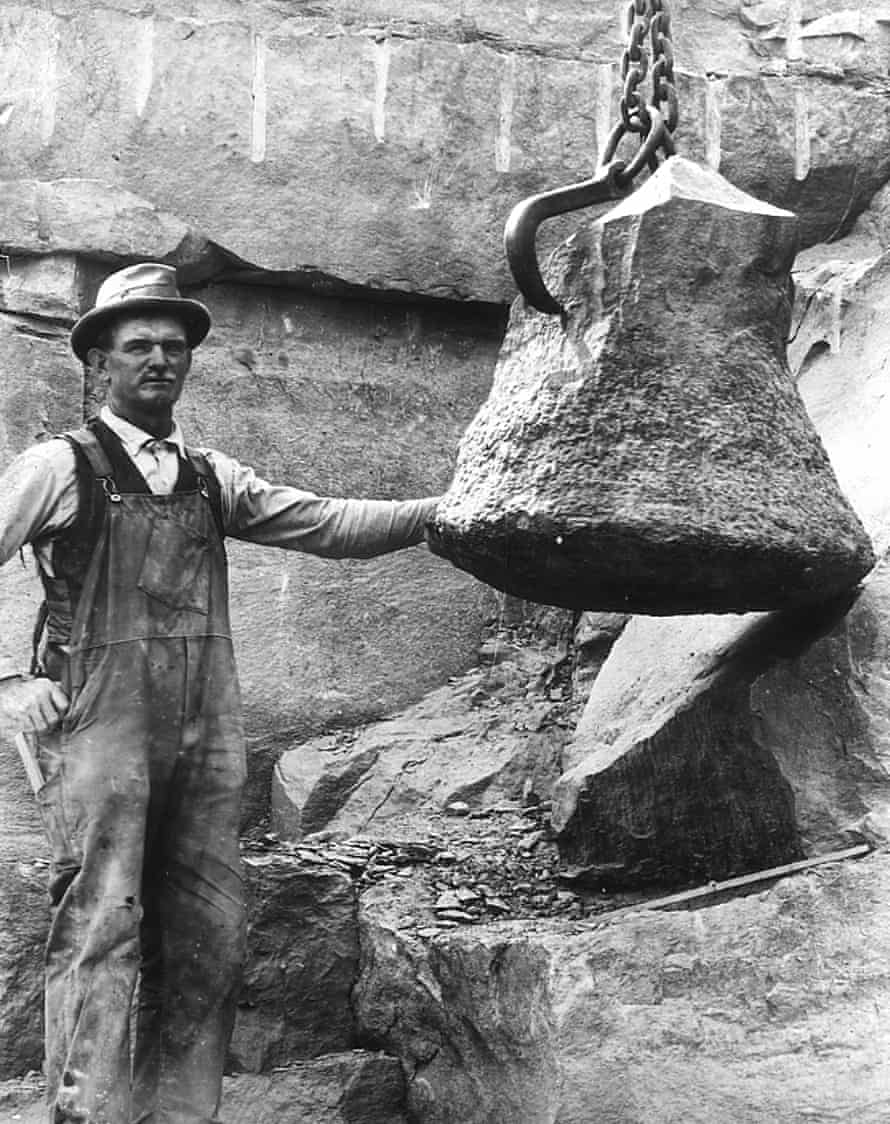 A foreman uncovers a fossilised tree trunk, thought to be over 350 million years old, at a quarry in upstate New York in the 1920s.