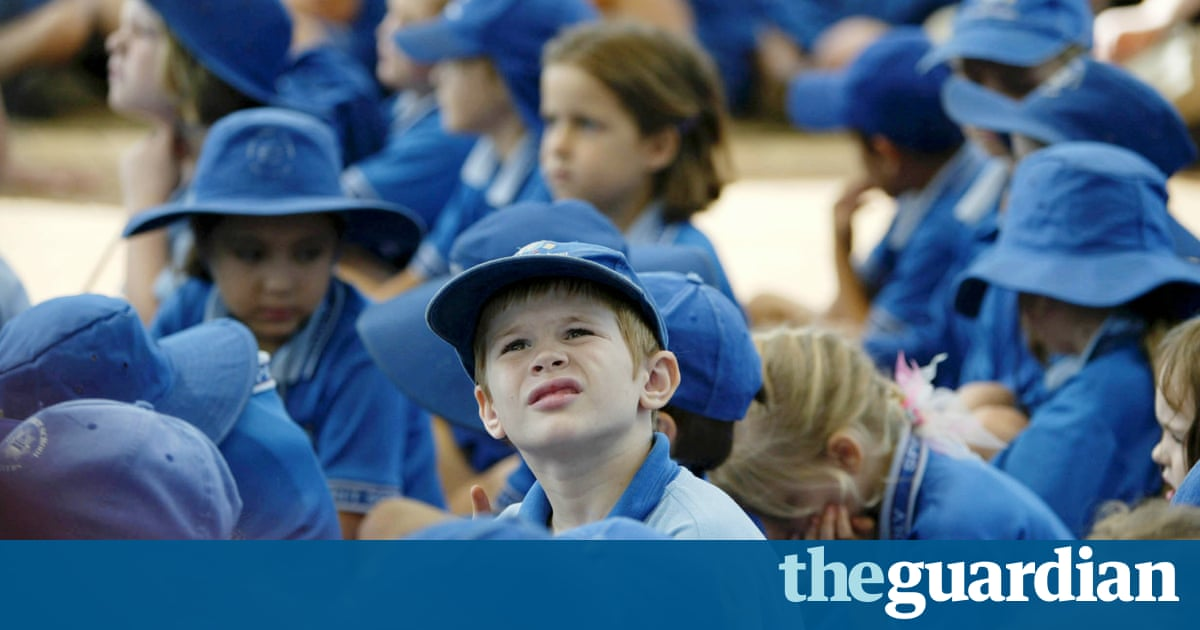 Brisbane Catholic archdiocese tells parents Gonski 2.0 won't force fees up