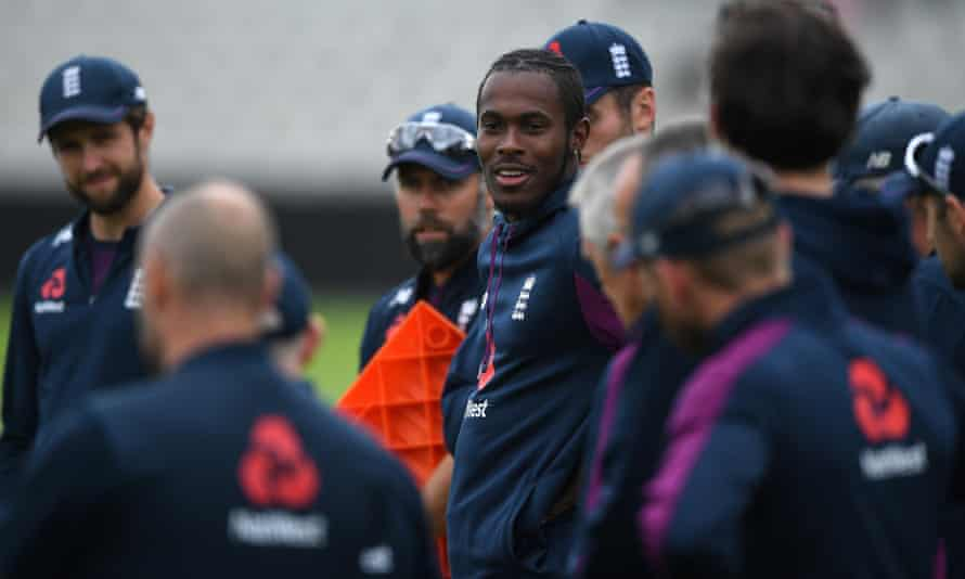 Jofra Archer speaks to his teammates prior to an England nets session on Wednesday.