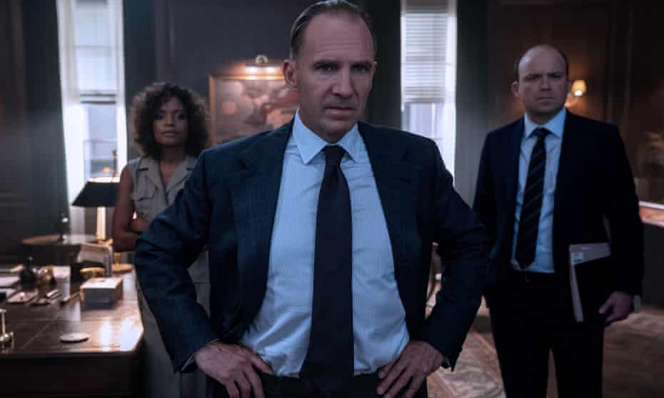 What time do you call this? … M (Ralph Fiennes), Moneypenny (Naomie Harris) and Tanner (Rory Kinnear) in the trailer for No Time to Die