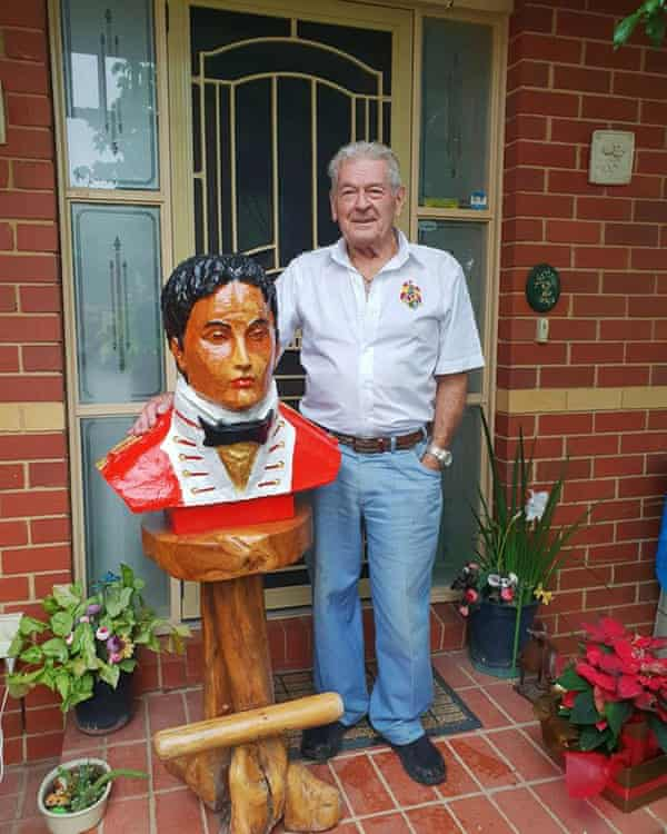 Max Macalister with a bust of Lachlan Macalister