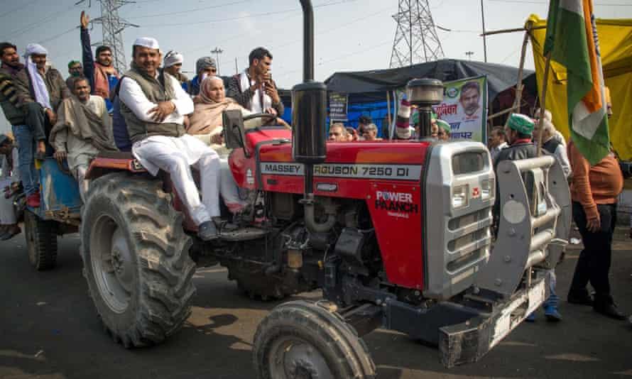 Farmers protest in Delhi on Thursday