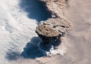 The Raikoke volcano erupts in the Kuril Islands.