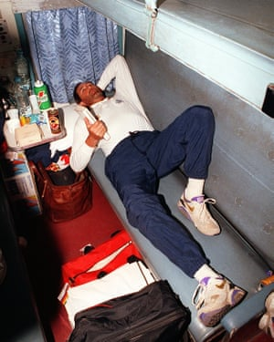 Graham Gooch does his best to relax on the sleeper train from Bhubaneshwar to Calcutta.