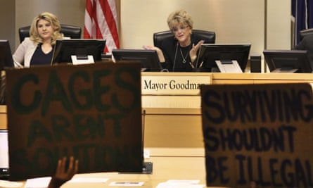 Councilwoman Michele Fiore, left, listens as Las Vegas Mayor Carolyn Goodman speaks during a council meeting 6 November 2019.