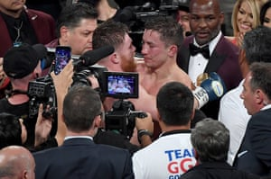 The fight ends in a draw, with the judges scoring the fight:118-110 Canelo, 115-113 GGG and 114-114 draw.