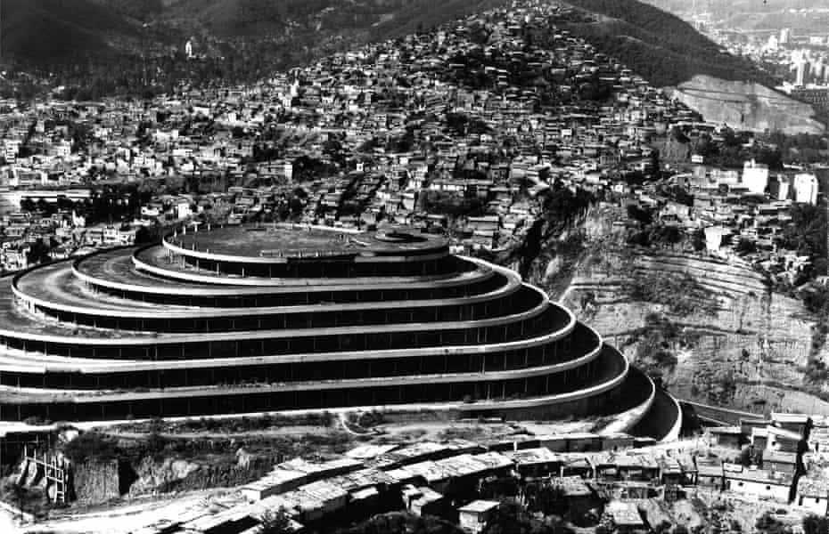 El Helicoide abandoned, 1968.
