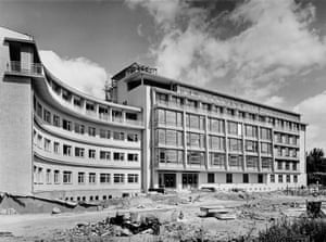 Gynaecological clinic, Darmstadt, 1952-1954