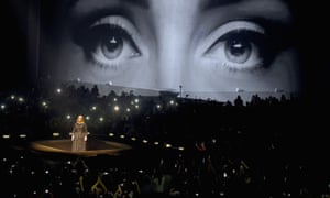 Adele at the Staples Center, Los Angeles, August 2016, with set design by Es Devlin.
