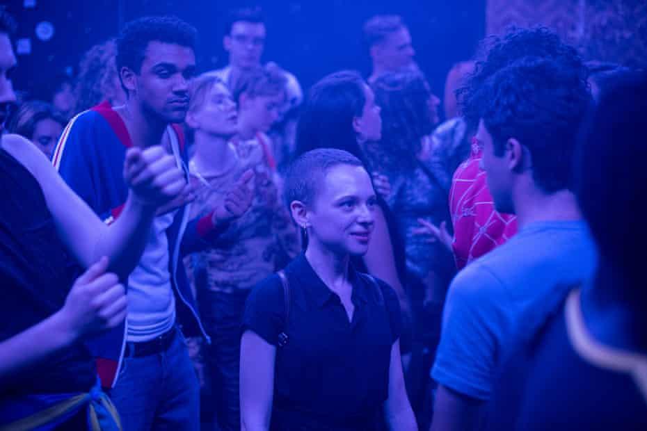 Shira Haas stars as Esther Shapiro in Unorthodox.