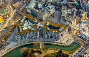 Aerial view of Kö -Bogen, a retail and office complex designed by Daniel Libeskind in Düsseldorf, Germany, with a grassy green roof