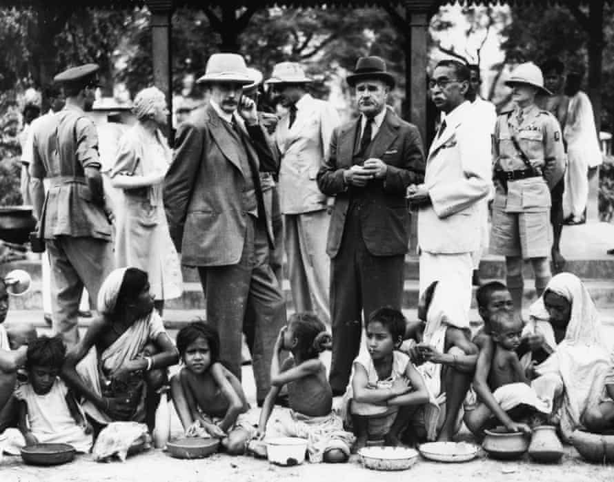 The Rotary Club relief committee at a free kitchen in Kolkata in 1943