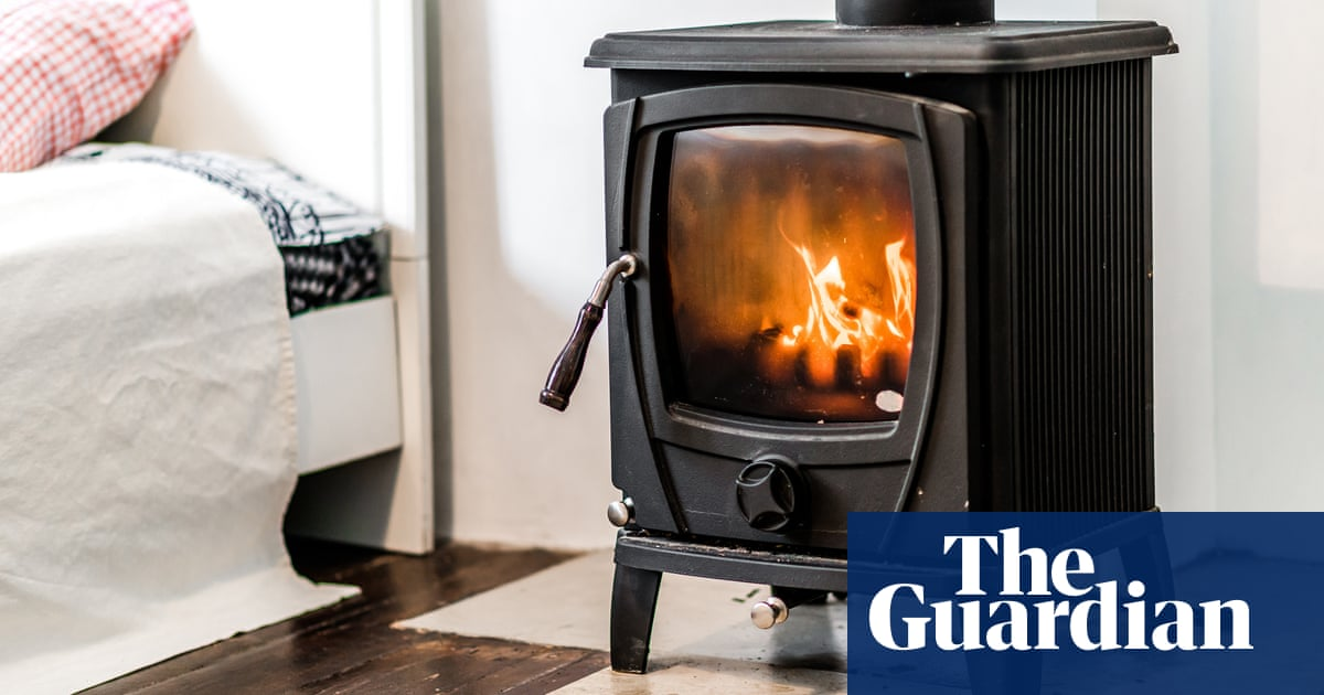 English councils issue only 19 fines for wood smoke despite 18,000 complaints