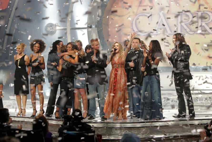 Carrie Underwood wins American Idol in 2005.