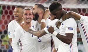 France's Karim Benzema celebrates scoring their second goal with Antoine Griezmann, Paul Pogba and teammates.