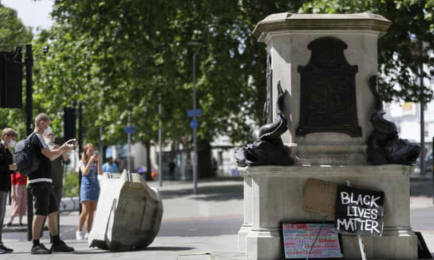 Edward Colston empty plinth