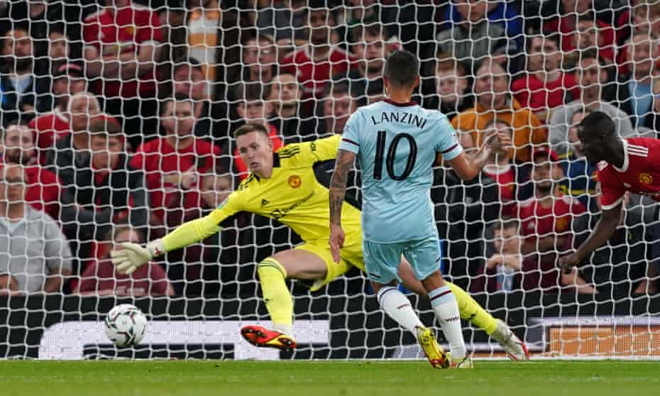 Manuel Lanzini beats Dean Henderson to score the only goal of the game.