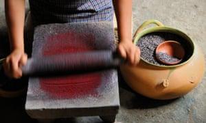 woman dye candles