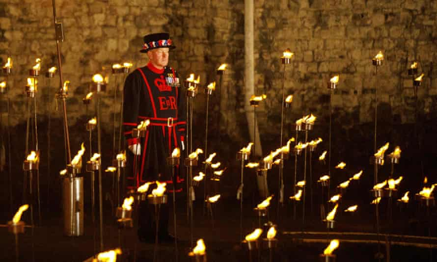 The ceremony will take place every evening until Armistice Day on Sunday 11 November.