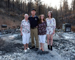 Mike and Dianna Dorn, centre, with Dorothy, left, and daughter Helene, in Shasta.