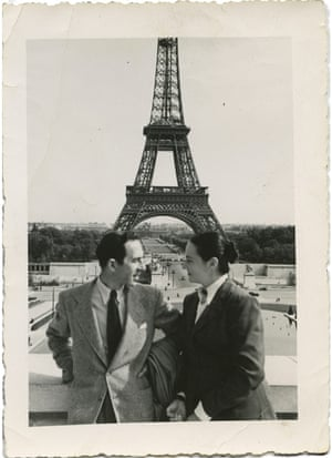 Carmen Herrera with her husband, Jesse Loewenthal, in Paris in the late 40s.