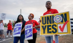 General Motors assembly workers and their supporters gather to picket outside the General Motors Bowling Green plant in Bowling Green, Kentucky, on 20 September.