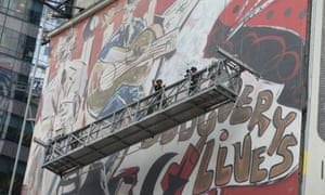 Domingo Zapata, a Spanish artist, has just finished painting the largest mural New York City has ever seen.