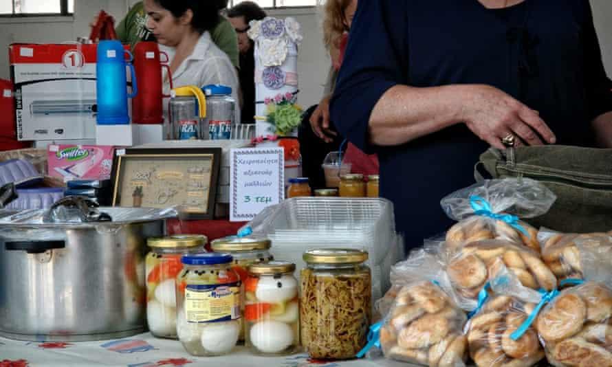 Bartering bazaar in Volos