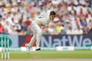 Chris Woakes took 3 for 58 for England