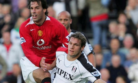 Moritz Volz challenges Ruud van Nistelrooy of Manchester United during his Fulham days in October 2005.