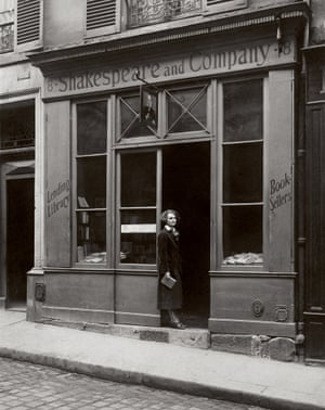 Sylvia Beach in front of Shakespeare and Company on rue Dupuytren