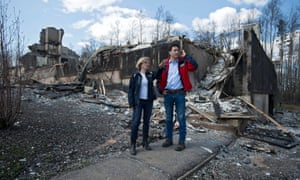 Alberta's premier, Rachel Notley, and Canadian prime minister Justin Trudeau inspecting wildfire damages in May.