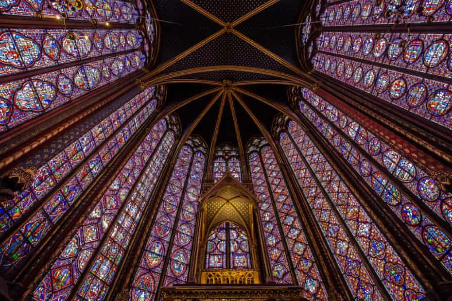 Mesmerising... Sainte Chapelle in Paris.