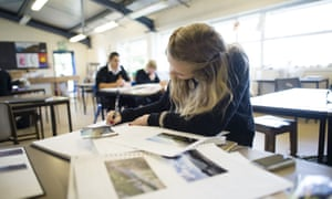 The number of children taking performing and expressive art at GCSE has fallen by 26% over the past five years.