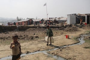 A water station at Unchiprang refugee camp.