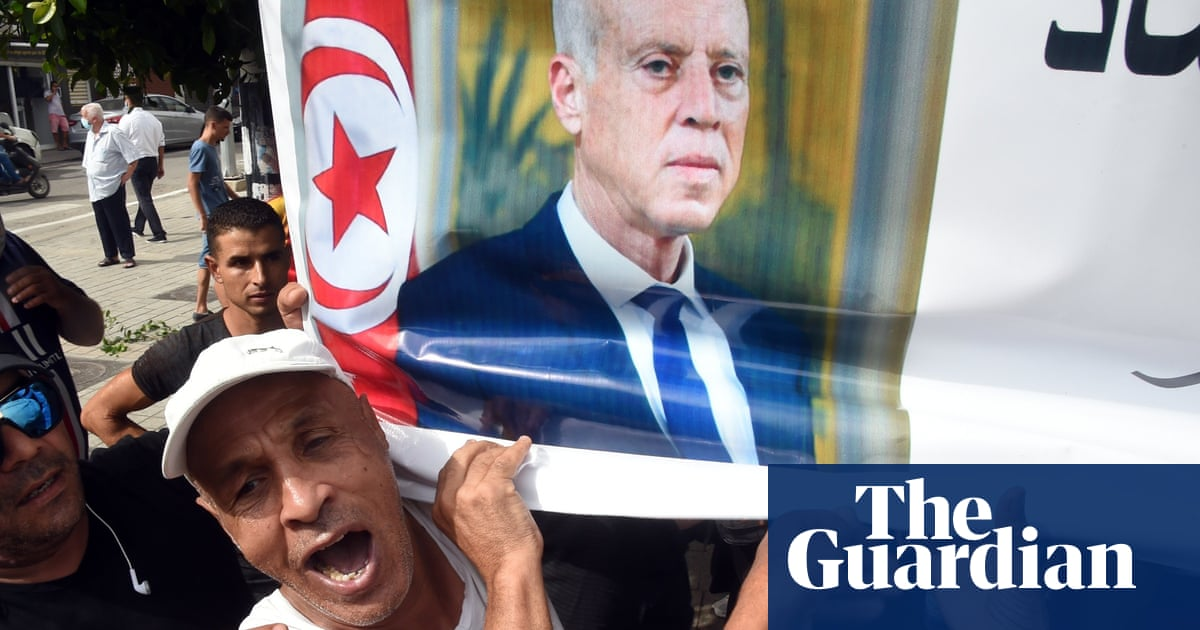 Tunisia police arrest MP and TV host who called president a traitor