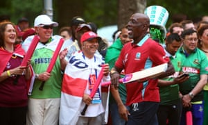Vivian Richards takes part in the festivities on the Mall in central London.