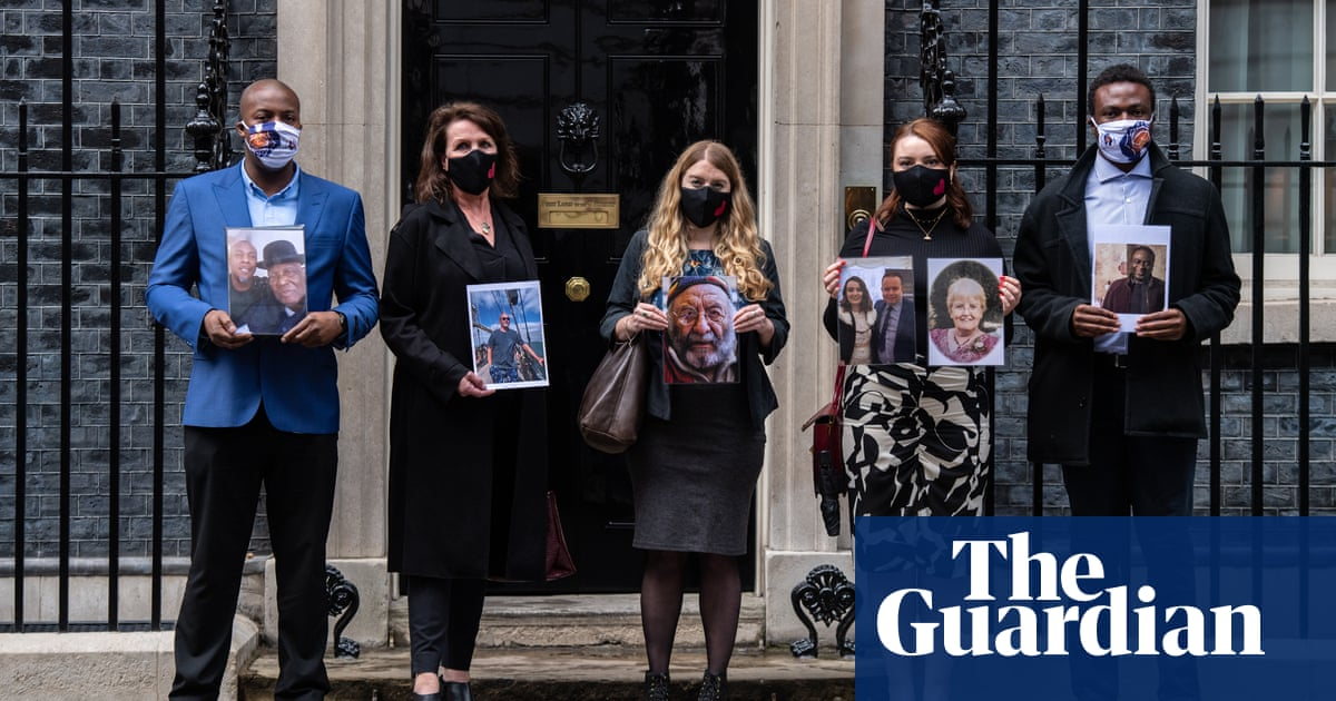 UK PM promises bereaved families a Covid inquiry chair by Christmas