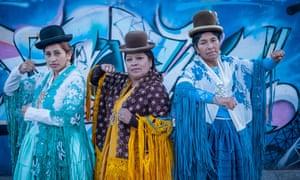 cholita wrestlers (l-r) Benita la Intocable, Angela la Folclorista, and Dina.
