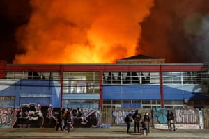 Smoke from a fire at a supermarket in Valparaíso