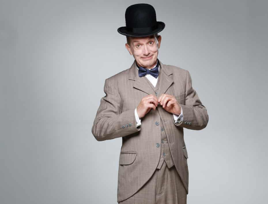 Frank Skinner dressed as Stan Laurel