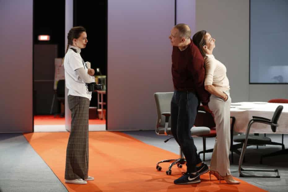 Gaite Jansen as Antigone, Hans Kesting as Oedipus and Marieke Heebink as Jocaste in Robert Icke's Oedipus at the King's theatre, Edinburgh.