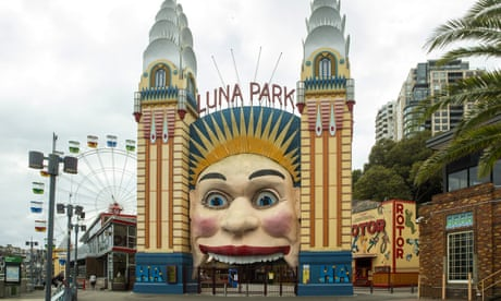 NSW coroner asks police to review 1979 Luna Park Ghost Train fire evidence