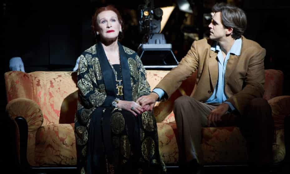 Glenn Close (Norma Desmond) and Michael Xavier (Joe Gillis)
