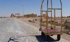 A birdcage hotel trolley in Palmyra
