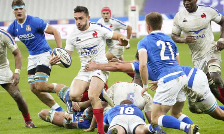 Baptiste Couilloud of France in possession against Italy
