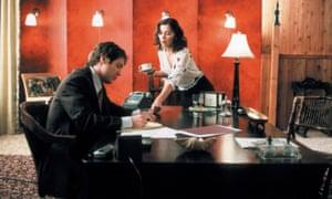 Maggie Gyllenhaal with James Spader in Secretary